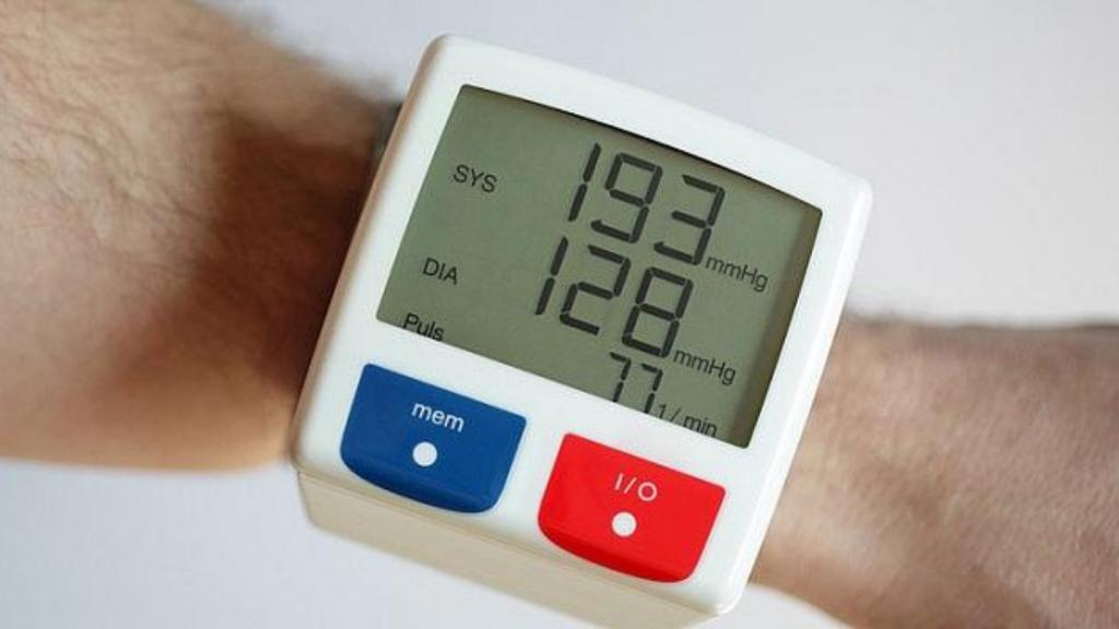 Kako sniziti visok krvni pritisak - Rešenje je Hypertea čaj